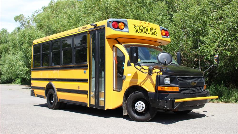 A1 Bus - Vernon BC - School Bus Rental Kelowna - Fleet Pictures - Mini School Bus 1